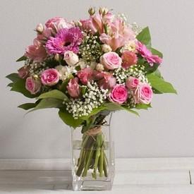 Livraison de fleurs domicile par un fleuriste de pointe for Livraison bouquet de fleurs a domicile