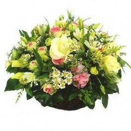 Assemblage de fleurs piqu es suisse for Livraison fleurs geneve